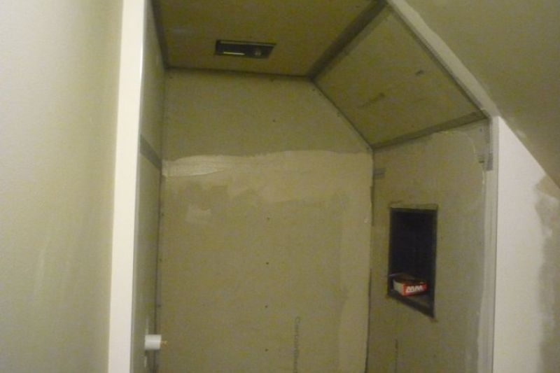 Tiled Shower - Before Picture
